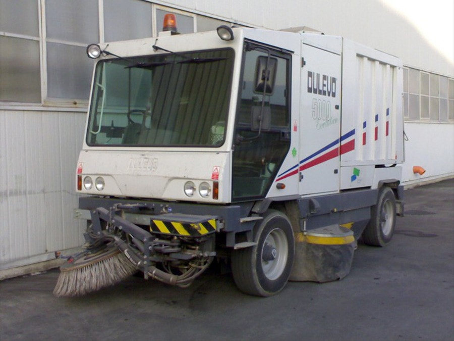 cleaning tiesse